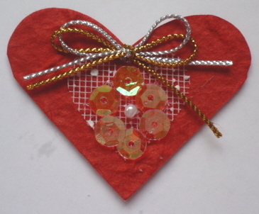 Red Sequined Heart Topper